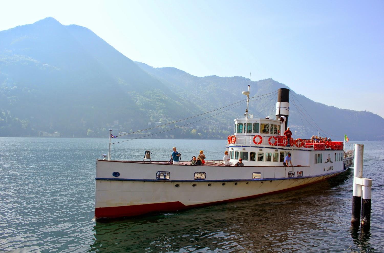 Il battello sul Lago di Como - foto di Elisa Chisana Hoshi