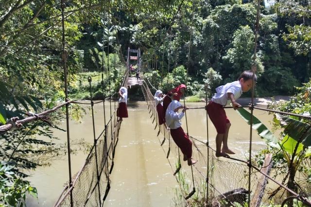 Tanggapi Viral Video Jembatan Gantung Rusak di Mamasa, Badan Pengawas Desa: Dananya Belum Cair