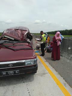 Mobil Pribadi Kecelakaan di Jalan Tol Medan-Tebingtinggi, 5 Orang Luka-luka