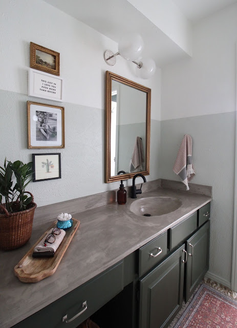I redid our bathroom with a few purchased pieces and a whole bunch of diy. You can make the best of a space by working with what you've got! | House Homemade