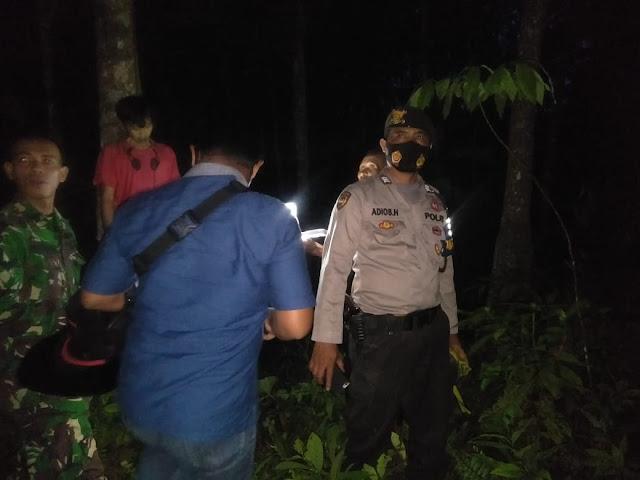 GEGER! Warga Eka Jaya Dikejutkan Penemuan Seorang Laki-Laki Gantung Diri di Pohon Karet