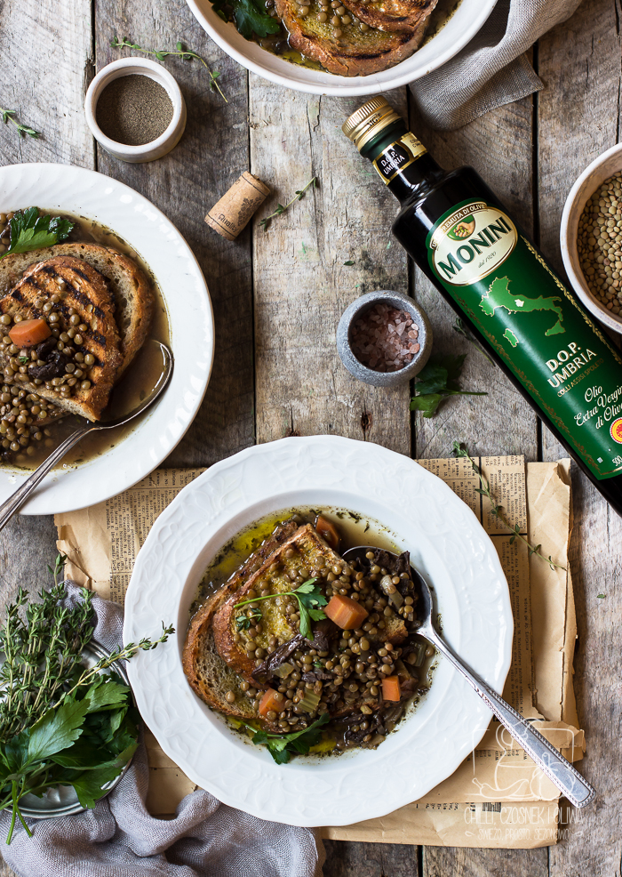 Umbryjska zupa z soczewicy i prawdziwków / Chilli Czosnek i Oliwa