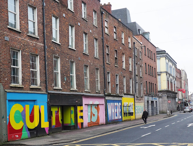 Limerick, tiilikerrostalo, Culture is where we are from