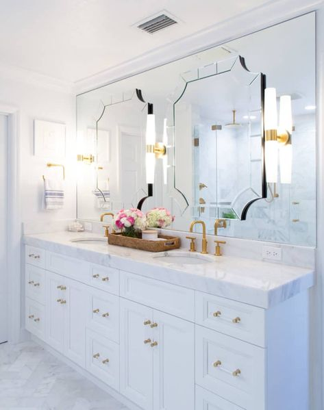 types of mirror for bathroom