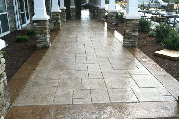 https://castellon-construction.com/concrete-patio-charlotte-nc/
