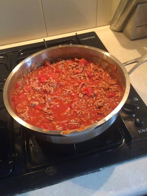 spaghetti bolognaise | Almost Posh