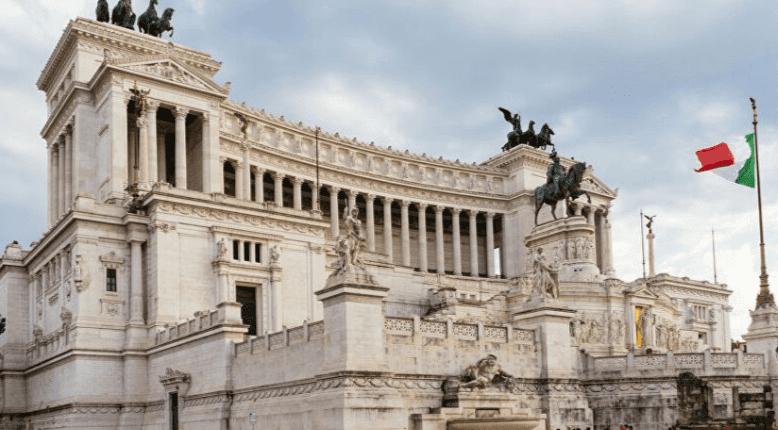 Italy drafts Nomophobia law