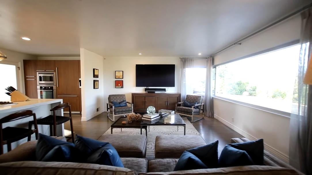 21 Interior Design Photos vs. 1770 Kaweah Dr, Pasadena, CA Luxury Home Tour