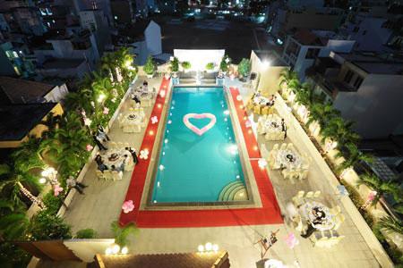 Khách Sạn Ramana, 323 Lê Văn Sỹ, Phường 13, Quận 3