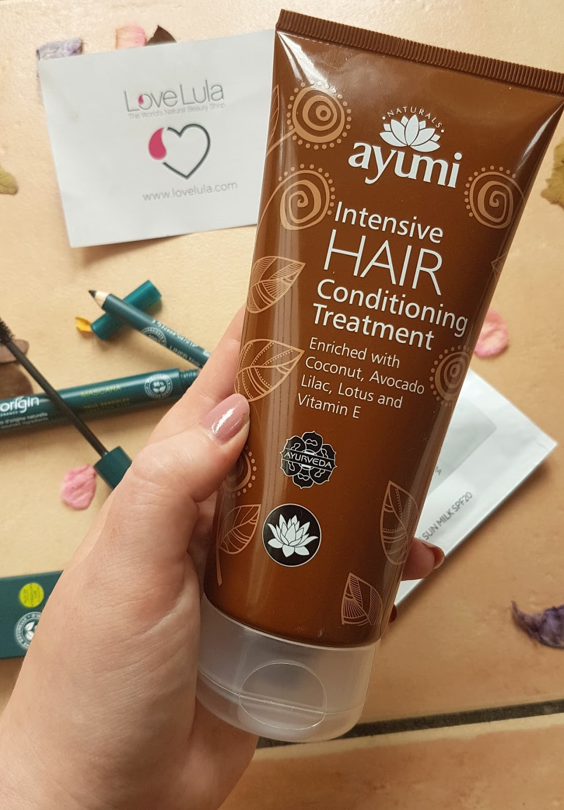 Love Lula Beauty Box - Ayumi Intensive Hair Conditioning Treatment Review