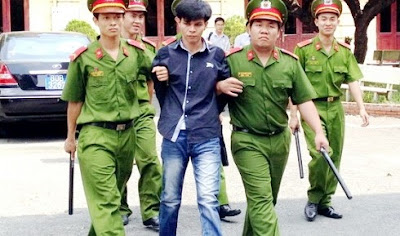 Ho Chi Minh City People's Court sentenced a 35-year-old man to death for trafficking 7.3 kilograms of heroin from Cambodia to Vietnam