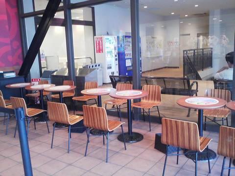 座席 コールド・ストーン・クリーマリー三井アウトレットパークジャズドリーム長島店