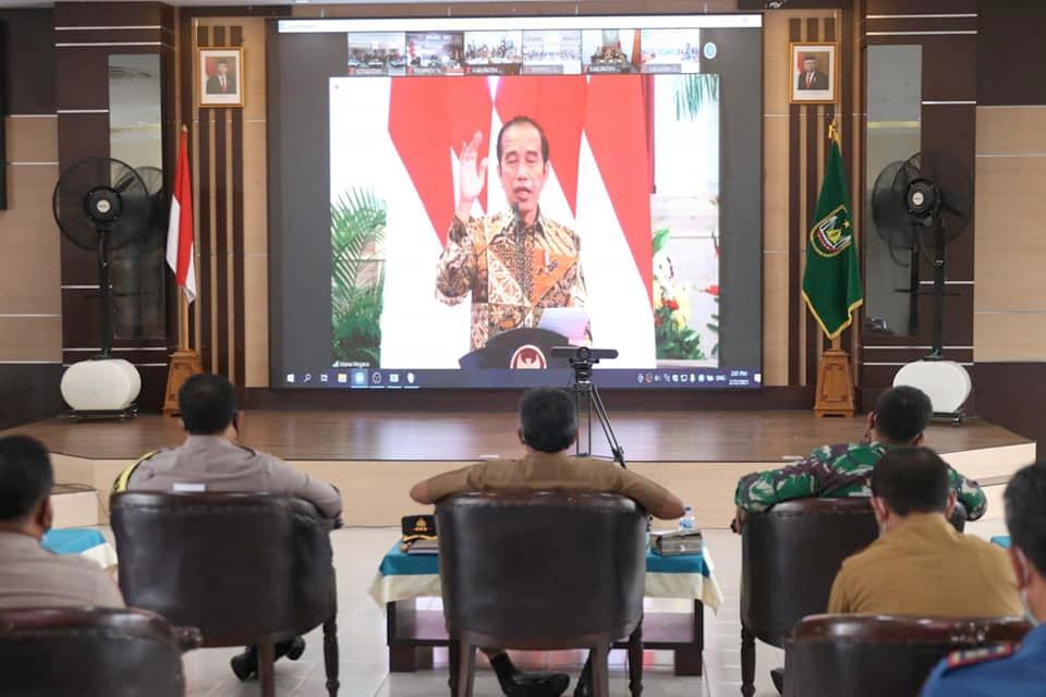 Sekdako Batam Ikuti Rakornas Secara Daring Pengendalian Karhutla Dengan Presiden Joko Widodo