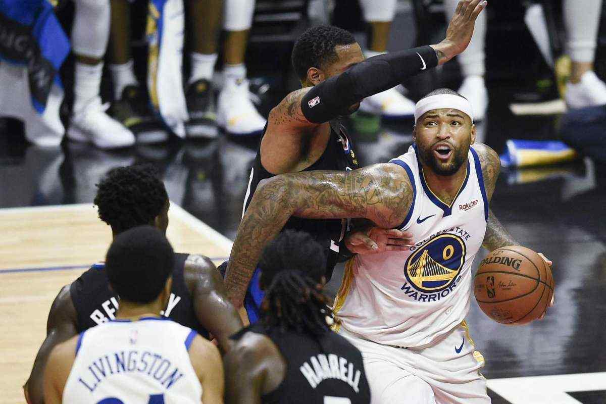 Despite fouling out, Cousins impresses in debut as Warriors beat Clippers