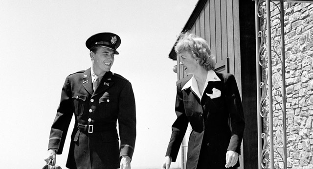 Ronald Reagan and Jane Wyman 19 April 1942 worldwartwo.filminspector.com