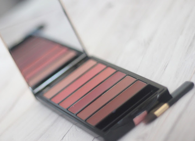 photo-Loreal-Paris-labios-color_riche-la_palette-nude