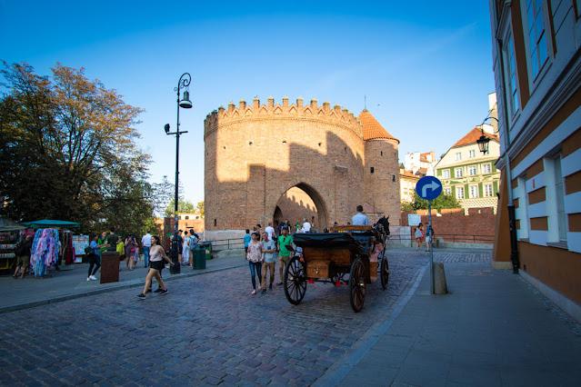 Barbacane-Varsavia