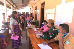 Satgas Yonarmed 105 dan Puskesmas Eban Gelar Pelayanan Kesehatan di Sunae