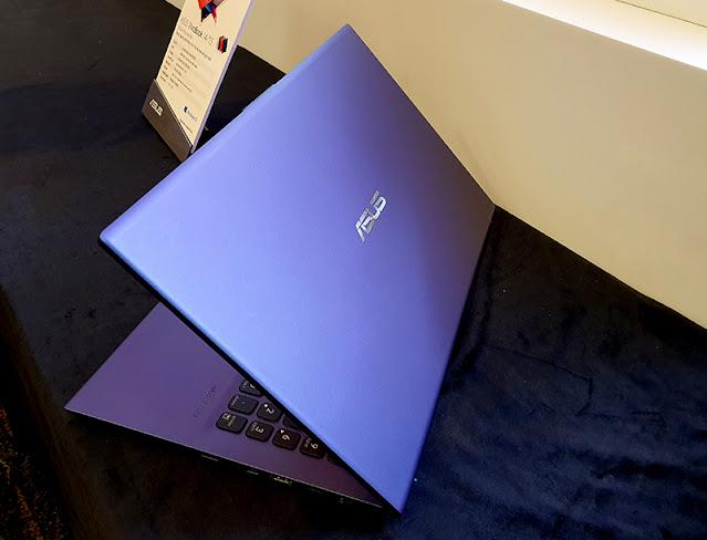 Laptop sinh viên