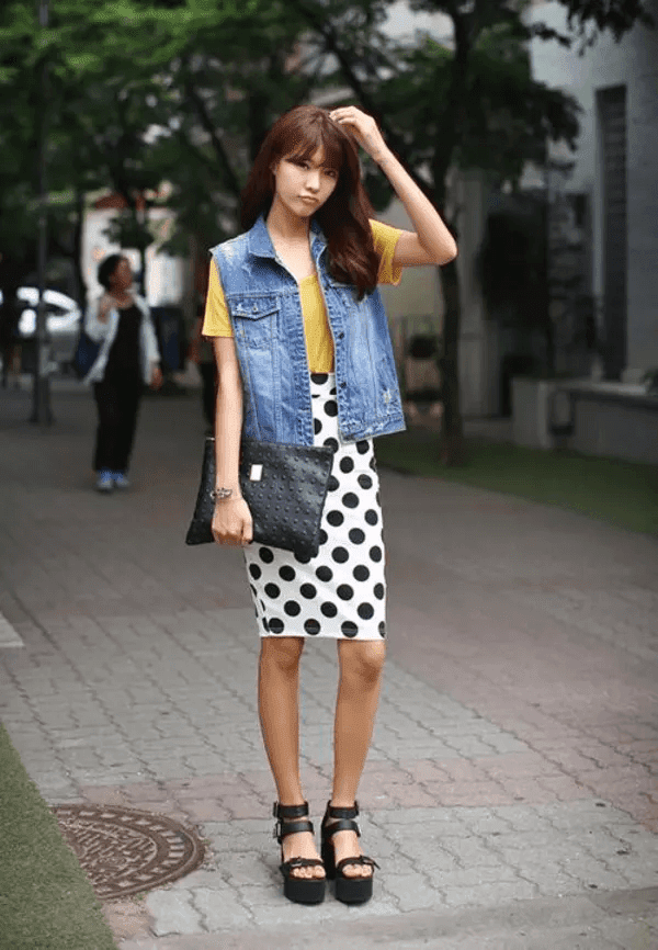 How to combine good clothes with cow gilet