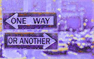 """Aparecen dos carteles con direcciones opuestas y las leyendas """"One way"""" y """"Or another"""""""