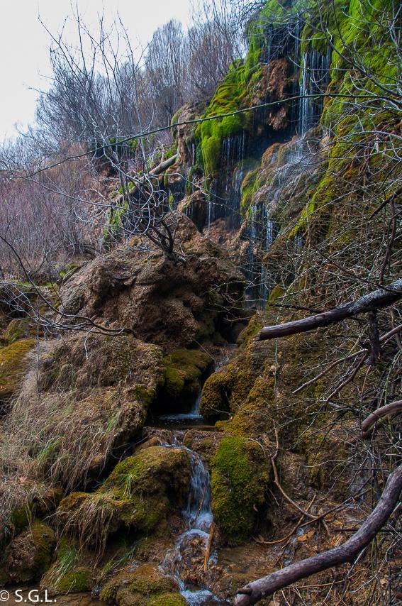 Cascada nacimiento rio Cuervo. Cuenca