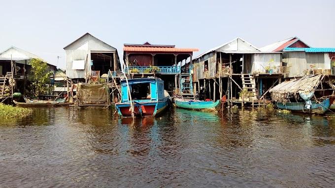 Le lac Tonlé Sap, village de pêcheurs