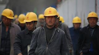 500 TKA China Akan Masuk Sultra, DPR: Kebijakan Pemerintah Aneh