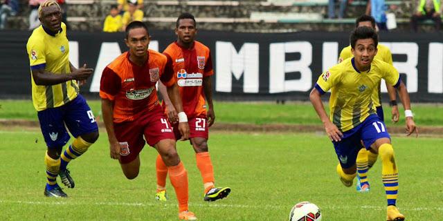 Borneo FC vs Gresik United