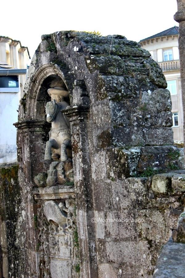 puerta-de-santiago-lugo-camino-de-santiago-primitivo