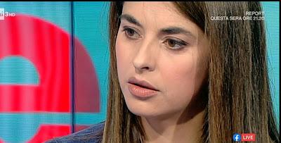 Benedetta Rinaldi conduttrice raitre primo piano viso