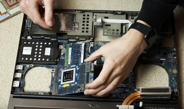 लैपटॉप ग्राफिक कार्ड