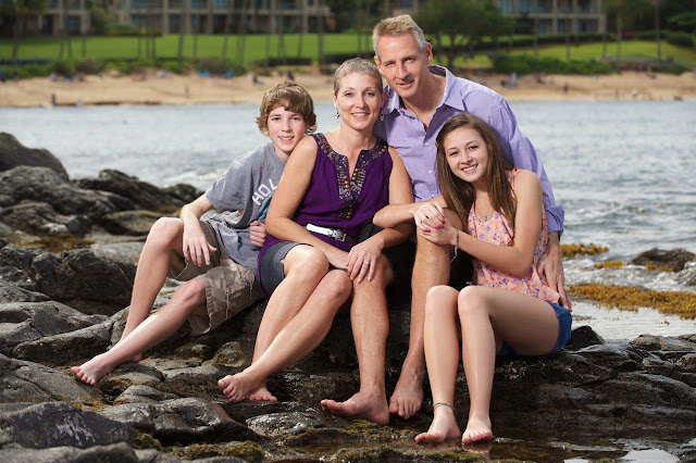 maui family portrait photography at kapalua bay