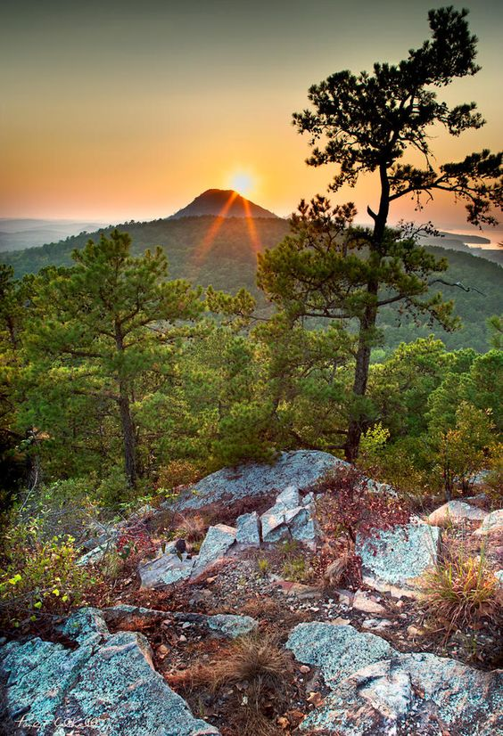 Pinnacle Mountain, Arkansas, USA