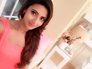 Bidya Sinha Saha New Pic In Romantic