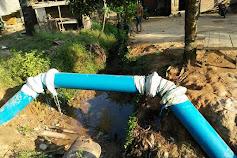 Hanya ada di Pali, Pipa Bocor Ditampal Pakai Karung Plastik Bekas