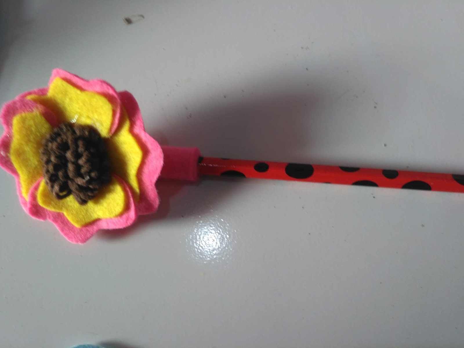 Cara Membuat Pensil Karakter Bunga Matahari Asna Aksesoris