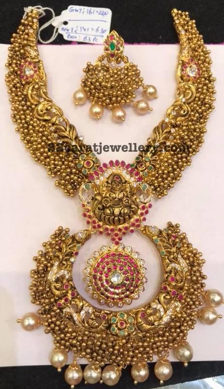 160 Grams Gold Swirls Lakshmi Set