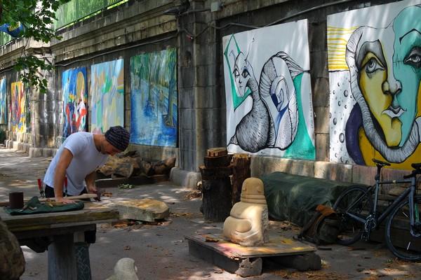 vienne vienna polaroid urban tour sophort photo donaukanal canal danube street art