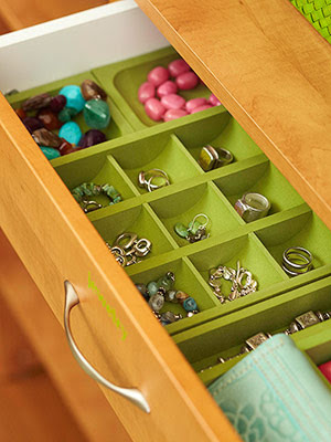 Professional Organizer Houston will organize your jewelry.