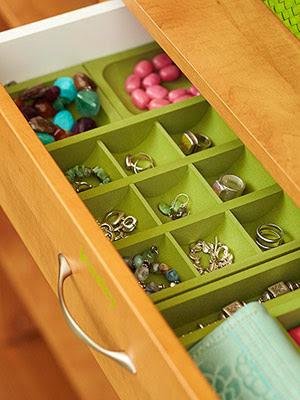 Professional Organizer Houston will organize your jewelry.
