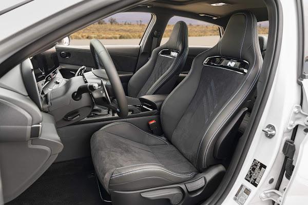 Hyundai Elantra 2022 N chega aos EUA com 276 cv e câmbio manual