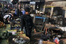 Kebakaran Pasar Gedebage, Ratusan Kios Hangus dan Kerugian Mencapai mencapai Rp5,5 miliar.