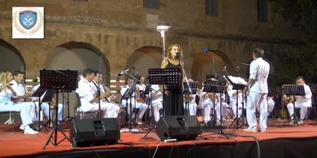 Ολόκληρη η συναυλία της Μπάντας του Λιμενικού Σώματος στο Ναύπλιο (βίντεο)
