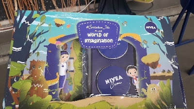 Hampers dari world imagination nivea ancol