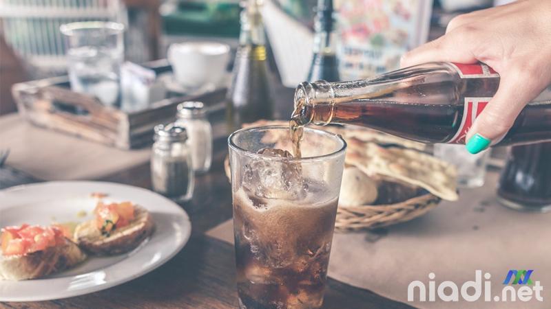 makanan apa saja yang harus dihindari penderita asam urat?