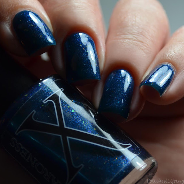 blue to green shifting shimmer nail polish
