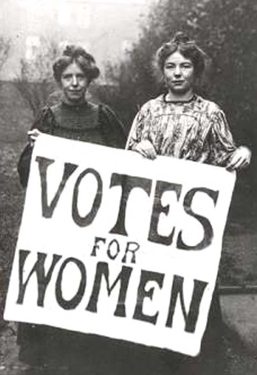 Photo: Suffragettes