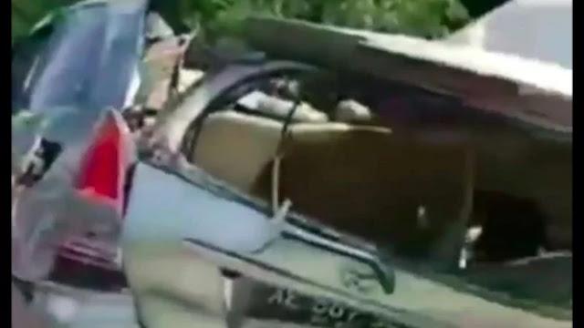 Viral Video Candaan Berujung Maut, Mobil Hantam Bus Mira di Nganjuk