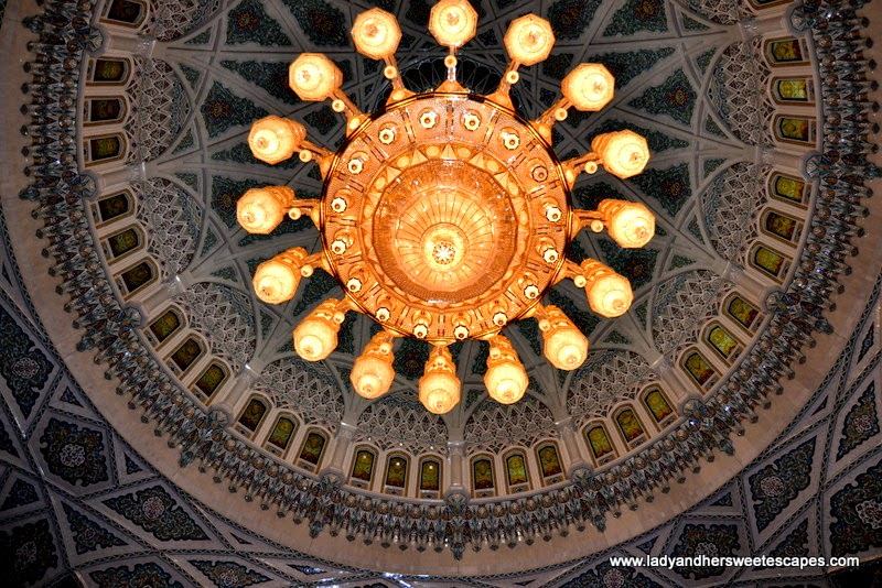 Sultan Qaboos Grand Mosque's Swarovski chandelier